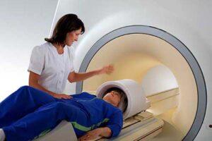 ایمپلنت دندان و MRI
