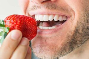 رژیم غذایی بعد از ایمپلنت دندان