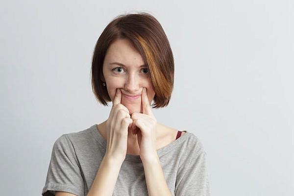 دفورمه بودن فک و جراحی ترمیمی آن | ایمپلنت دندان