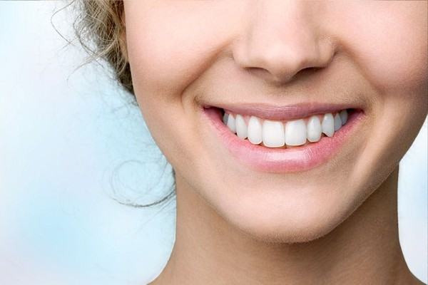 پرکردن دندان با فیلینگ سرامیکی